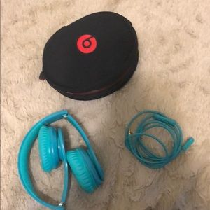 Accessories - Beats by Dre, barely used unisex
